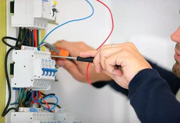 Услуги электрика 5