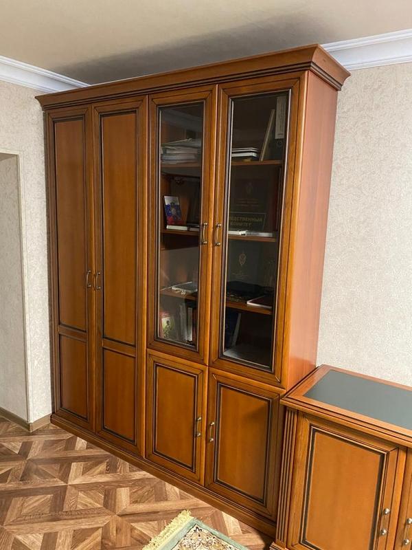 Мебель в отличном состоянии - рабочий кабинет 2