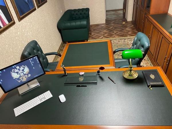 Мебель в отличном состоянии - рабочий кабинет 4